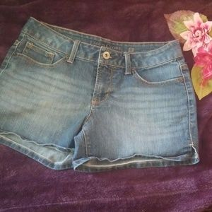Womens faded glory shorts size 6